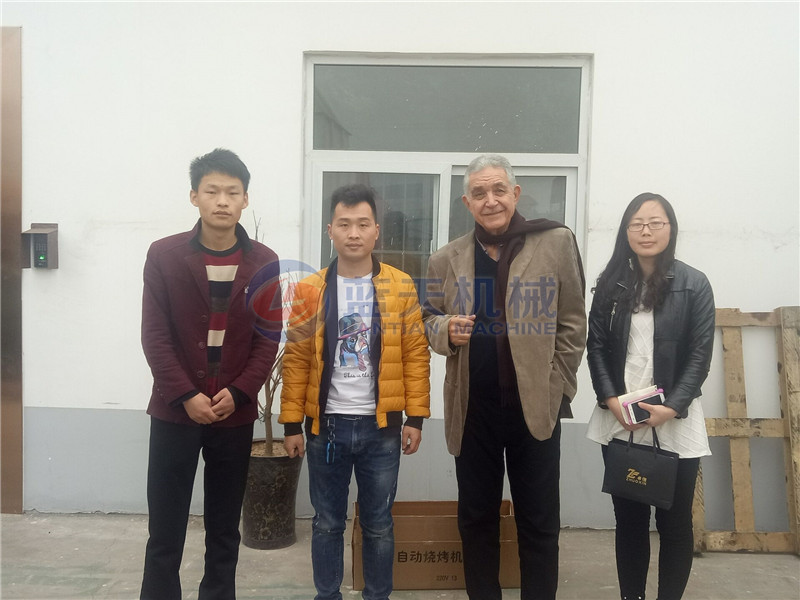 Customers of vegetable oil pressing machine